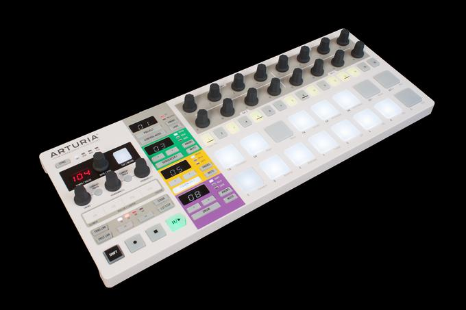 TEST: MIDI-Controller Arturia Beatstep Pro