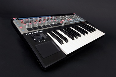 Test: Controller Novation 25SL MkII