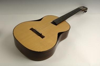 Test: Konzertgitarre Philipp Neumann Gitarre