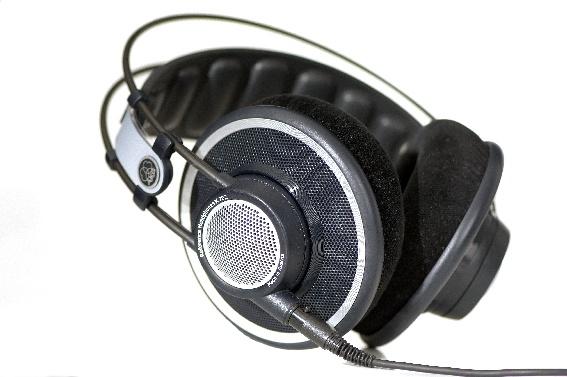 Test: Kopfhörer AKG K 702