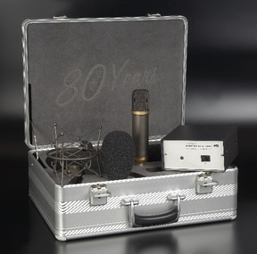 Test: Röhrenmikrofon Microtech Gefell M 990 art