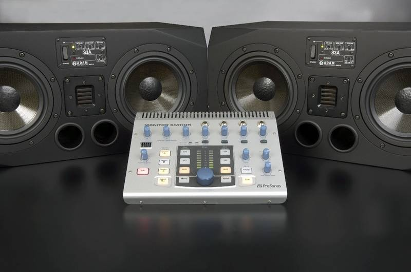 Test: Presonus Monitor Station