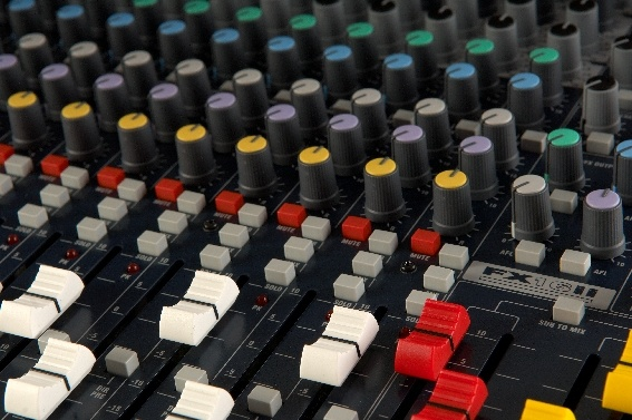Test: Analogmischpult Soundcraft FX16ii