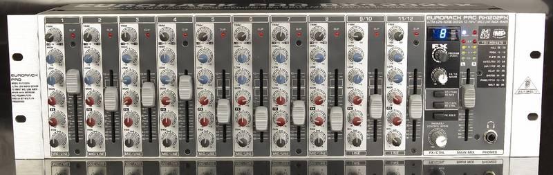 Test: Rack-Mixer Behringer Eurorack Pro RX1202FX