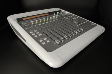 Test: Audio-Interface und DAW-Controller Digidesign Digi 003 Factory