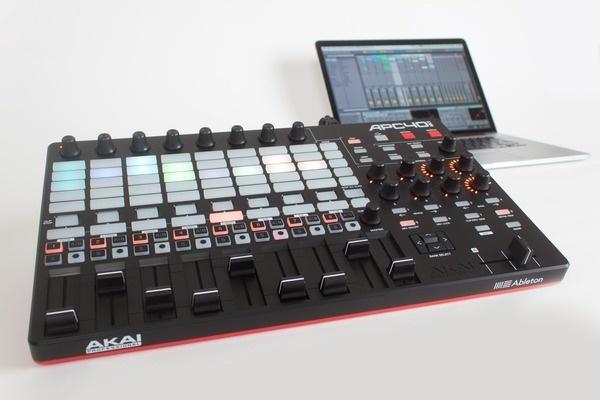 Test: Controller Akai APC40 mkII für Ableton Live
