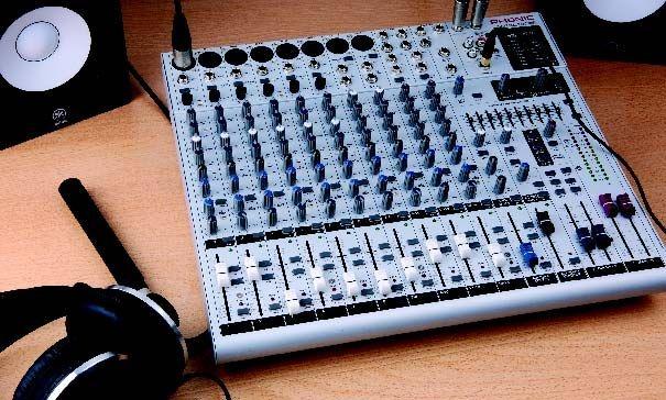 Test: Kompaktmischpult Phonic Helix Board 18