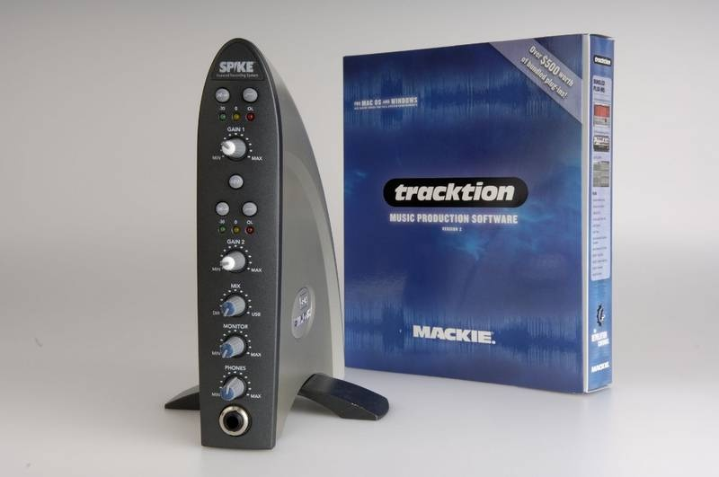 Test: USB Audio-Interface Mackie Spike XD-2