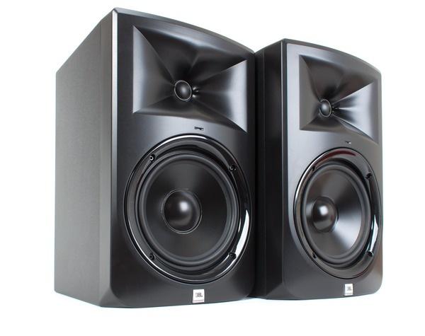 Test: Nahfeld-Monitor JBL LSR308