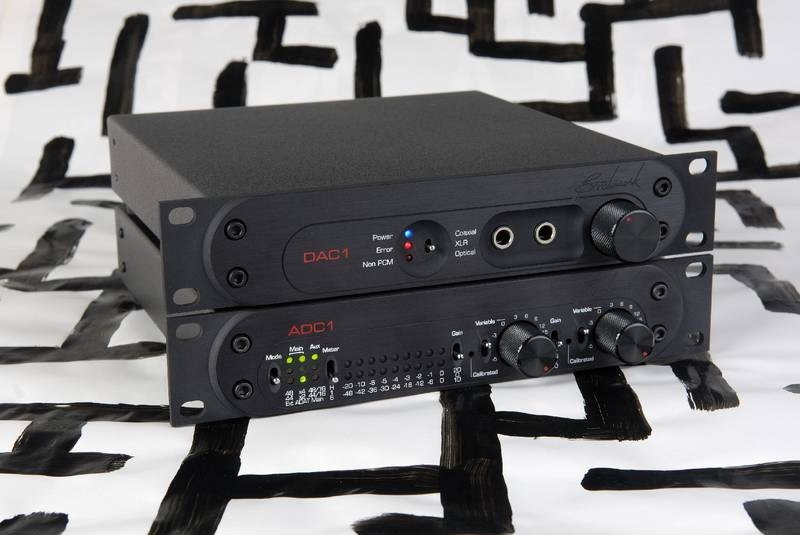 Test: Digital-Wandler Benchmark Media Systems ADC1 und DAC1