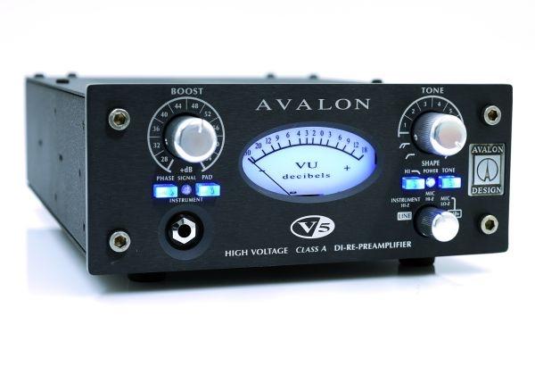 Test: Mikrofon-Vorverstärker Avalon Design V5