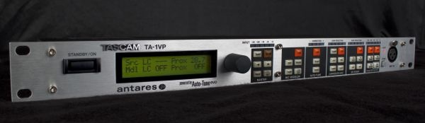 Test: Multi-Effekt-Prozessor Tascam TA-1VP Vocal Processor