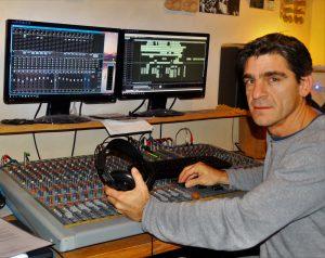 Robert Lutz bei der Arbeit an einer Produktion