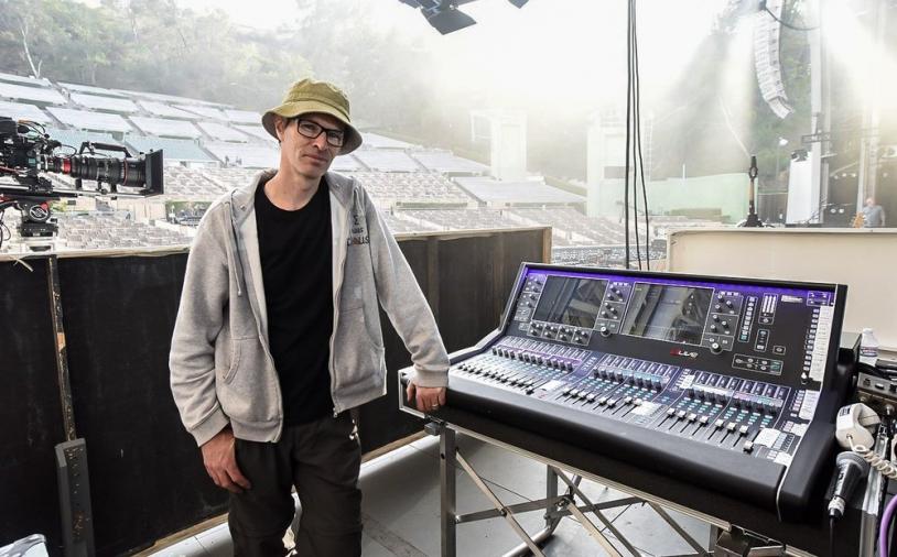 News: dLive von Allen & Heath auf Welttournee mit Above & Beyond