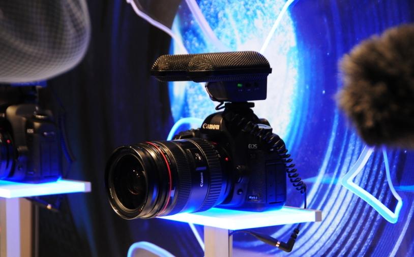 Test: Kamera-Stereo-Mikrofon Sennheiser MKE 440