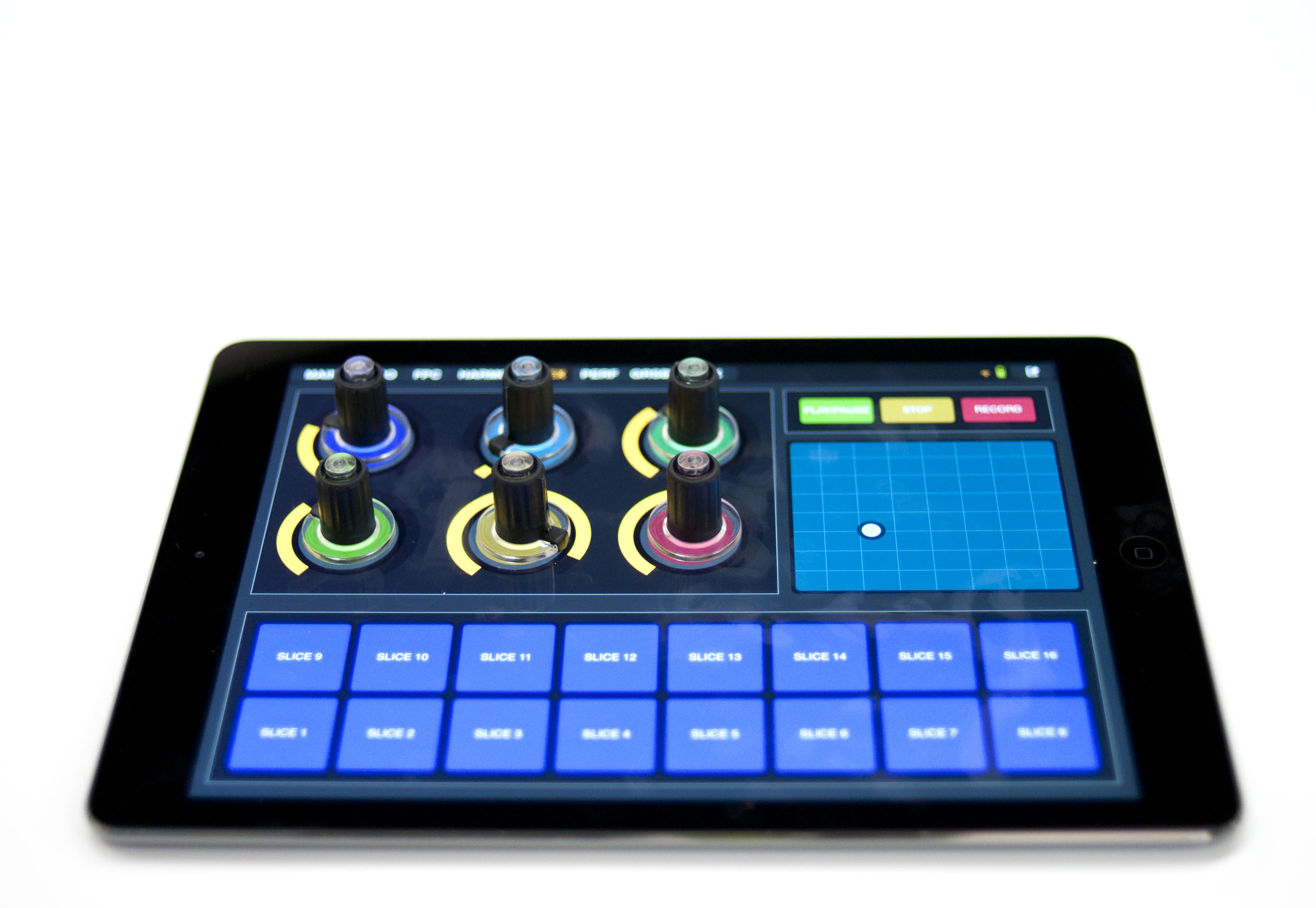 News: Niederländisches Start-up präsentiert portable iPad-Potis mit Saugnapf