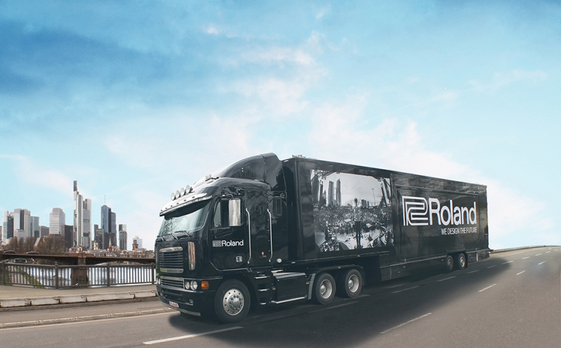 News: Roland Truck auf Tour durch Deutschland und Österreich