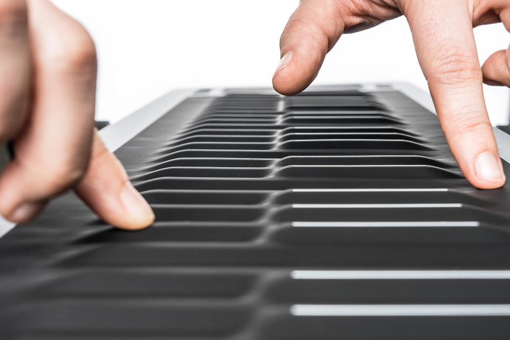Test: Instrument/MIDI-Controller Roli Seaboard Rise 49