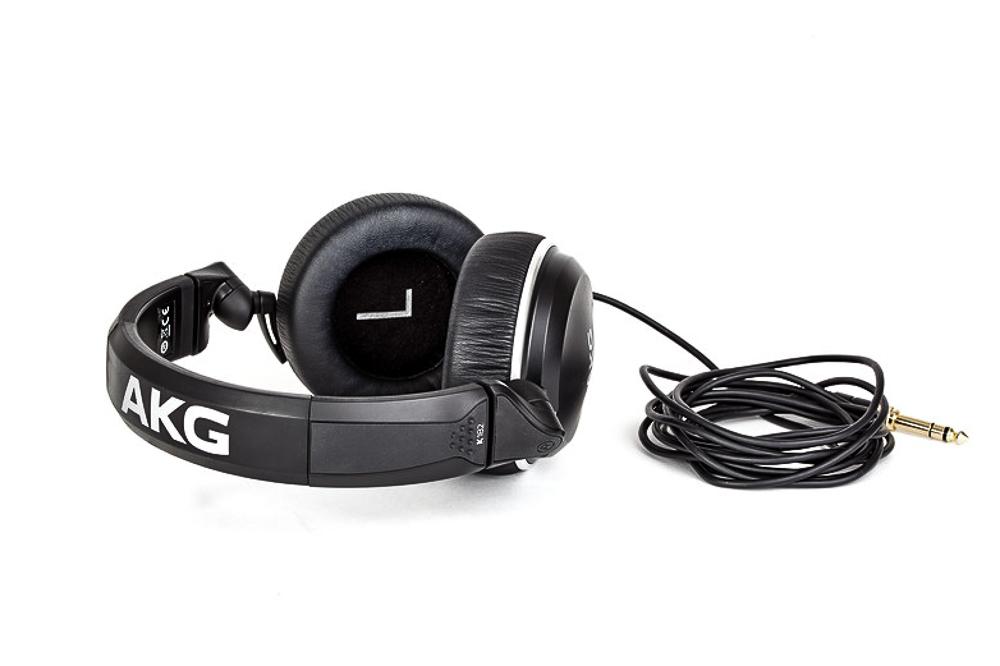 Test: Kopfhörer AKG K182
