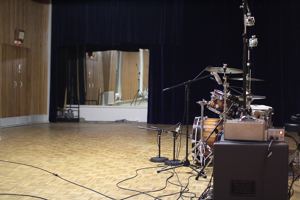 Praxis-Report: Drum-Recording im ehemaligen Vox-Klangstudio