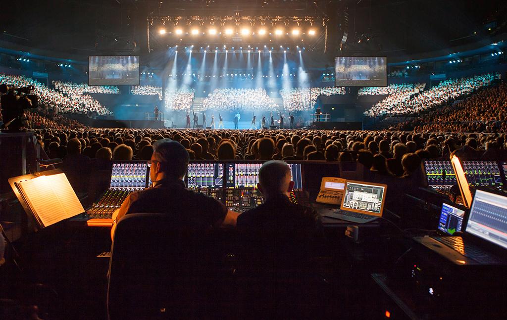 News: Höhepunkt des Pop-Oratoriums Luther in Berlin mit 4.000 Stimmen