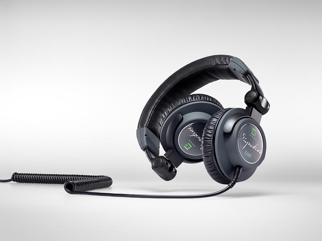 News: Ultrasone mit DJ-Kopfhörer Signature DXP und limitiertem Referenzkopfhörer Edition 15