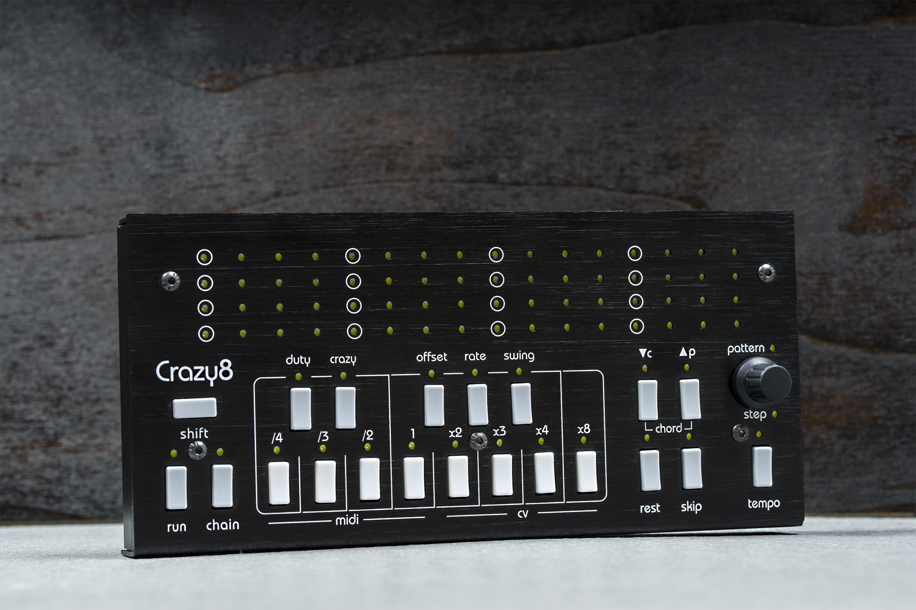 Test: Hardware-Sequencer Twisted Electrons Crazy8
