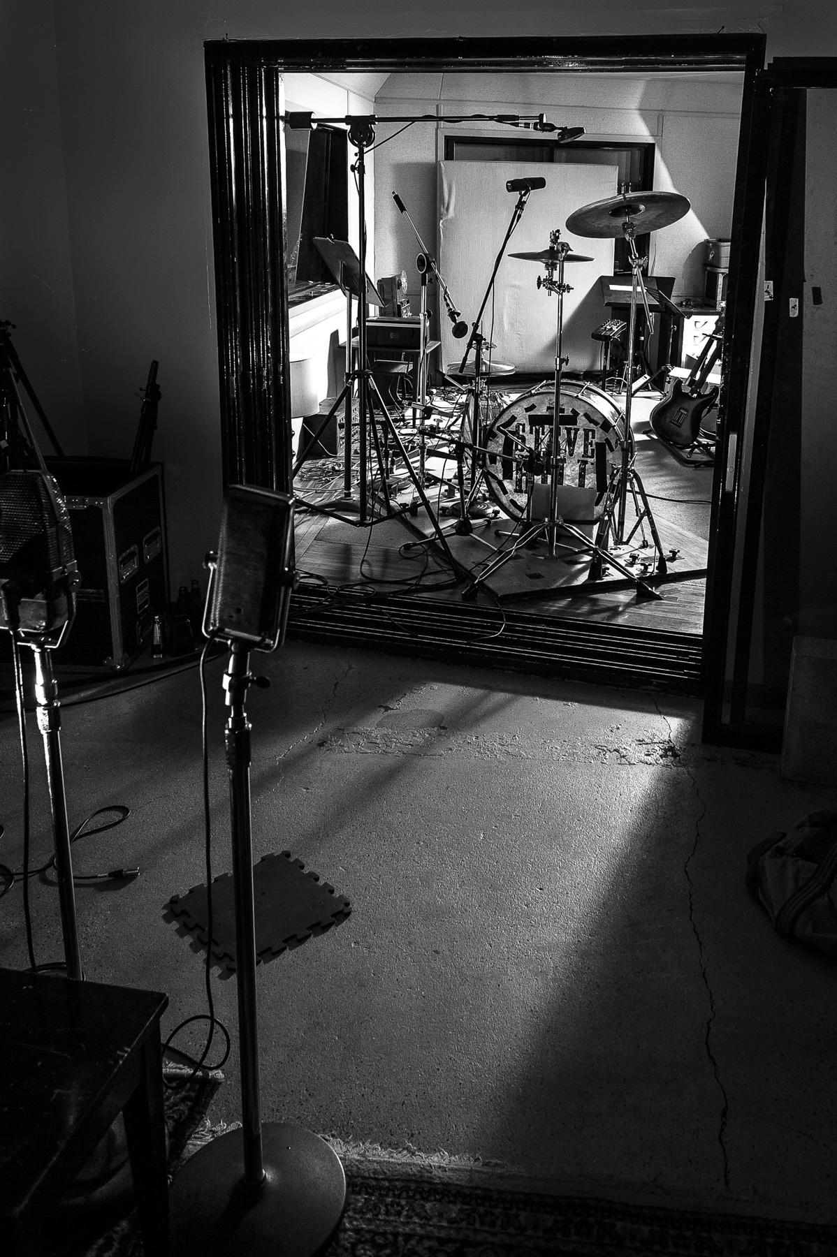 Steve Hill – Studio