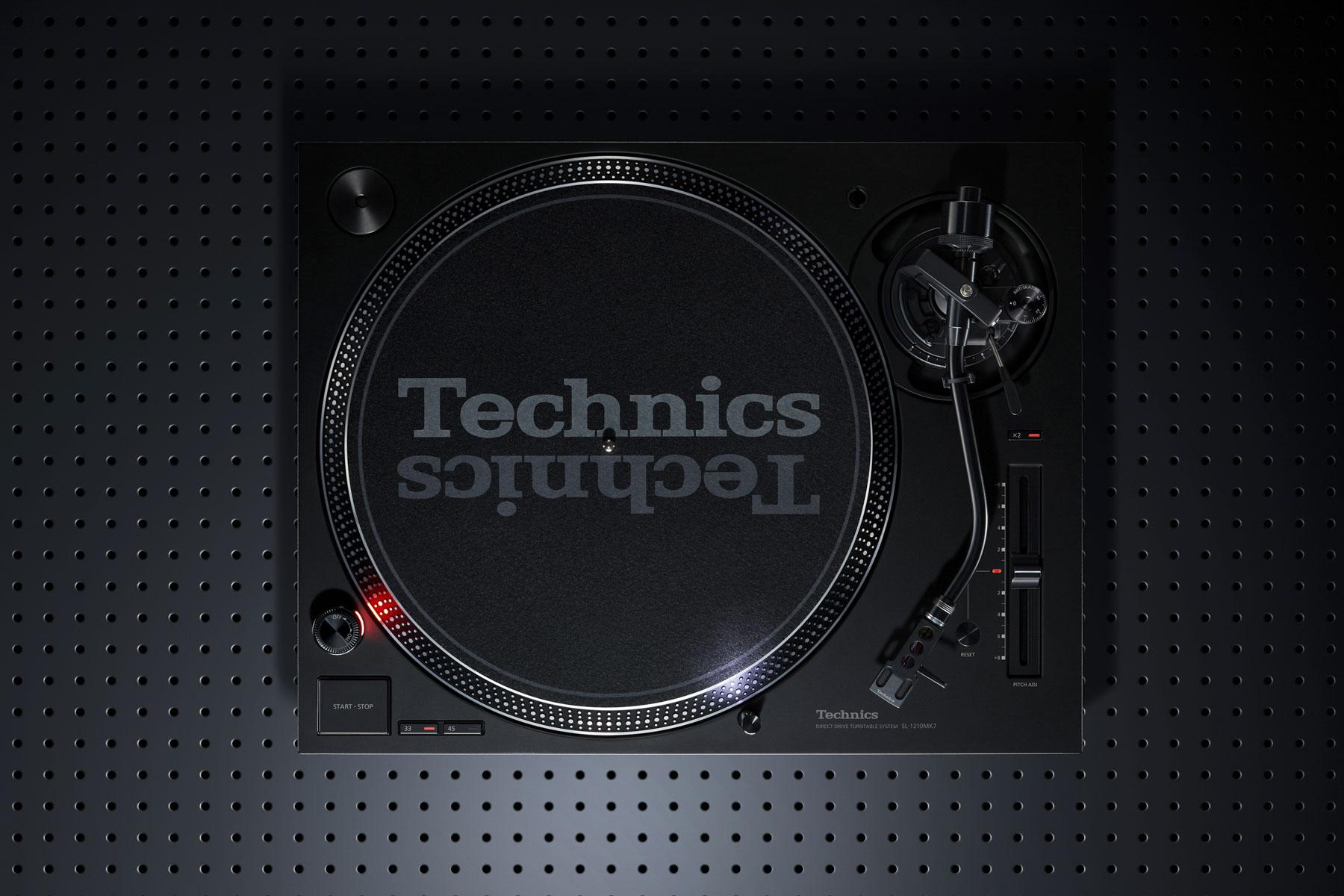 News: Technics stellt DJ-Plattenspieler SL-1210MK7 vor