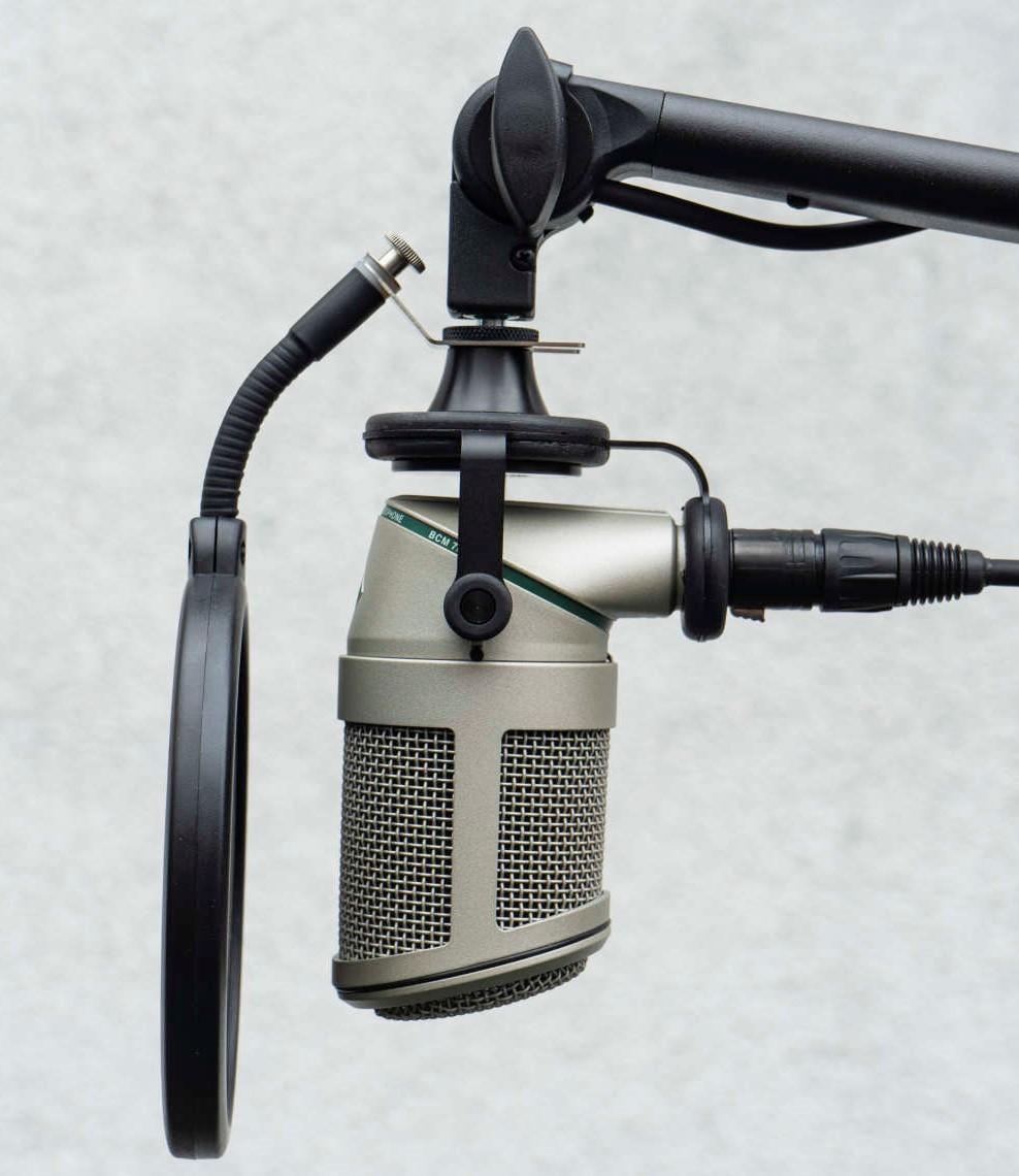 News: Hamburg Audio Industries präsentiert Pop-Schutz für Broadcast-Mikrofone von Neumann