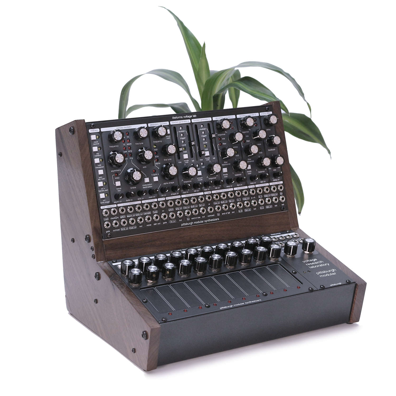 Pittsburgh Modular Synthesizers präsentiert das Modul-Paket Voltage Research Laboratory