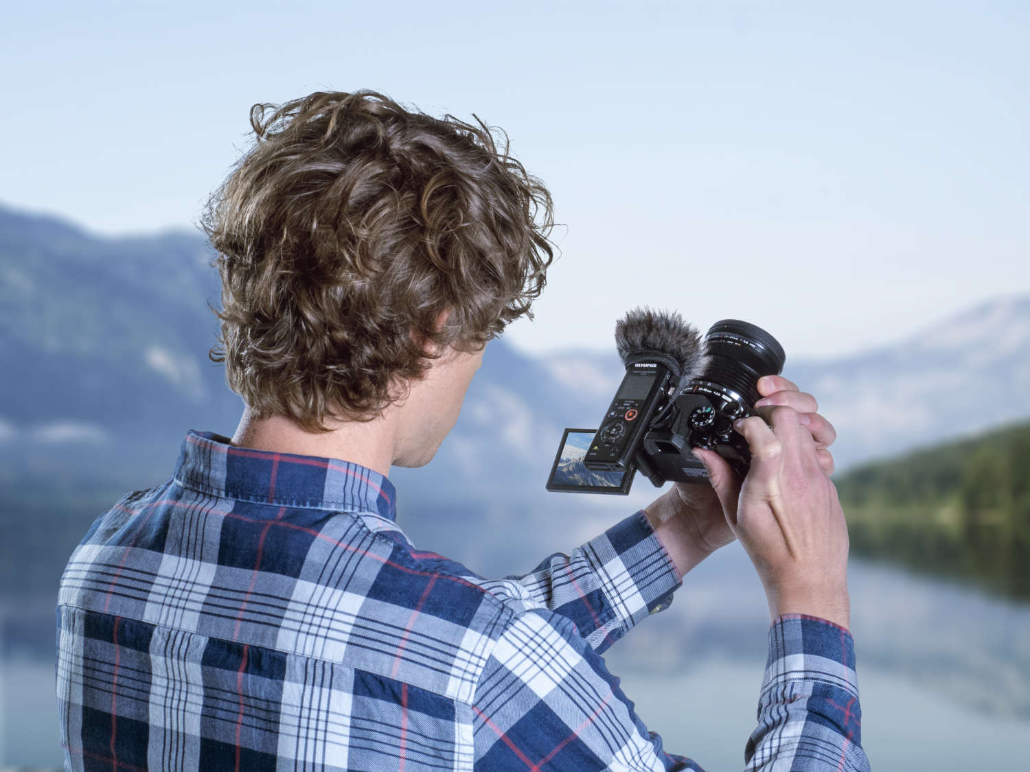 Neue Olympus Audio-Recorder-Kits für Video, Interview und Podcasting
