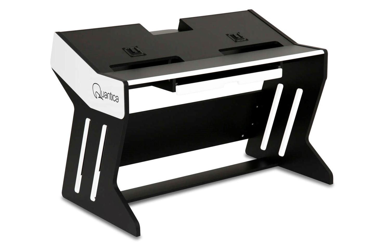 Zaor präsentiert Quantica Desk für das Modula System von Quantica Audio